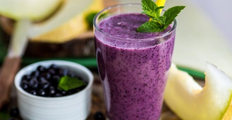 Gluten-free smoothie with chia seeds